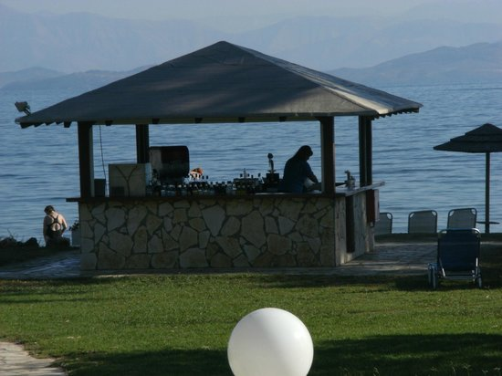 TUI FAMILY LIFE Kerkyra Golf: pool bar
