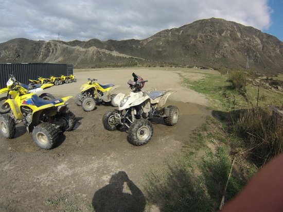 Off Road Adventures: Fun day in the dirt/mud