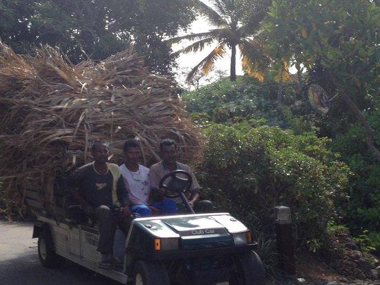 Four Seasons Resort Mauritius at Anahita: superpersoneel