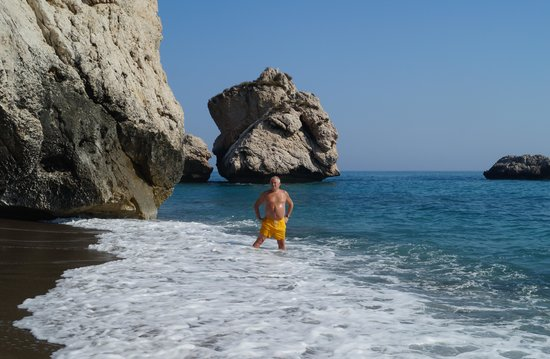 Aphrodite's Rock: Nice photo Opportunities though