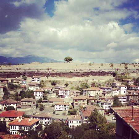 ซาฟรานโบลู, ตุรกี: フドゥルルックの丘から