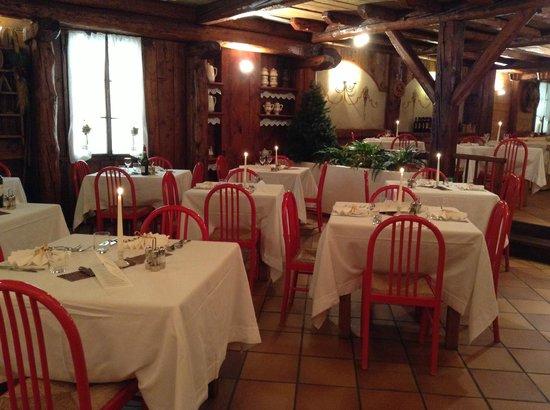 Centro Pineta Family Hotel & Wellness: sala ristorante