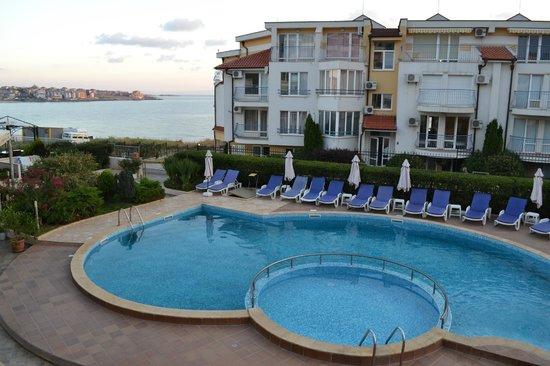 Selena Beach Hotel: Вид из номера  .