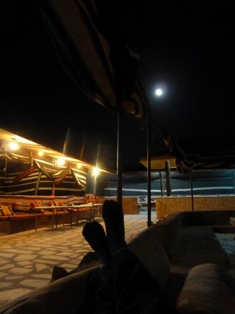 Al Zawaideh Desert Camp at Wadi Rum: Sleeping outdoor