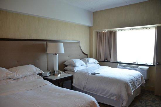 โรงแรมเชอราตั้นลินคอล์นฮาร์เบอร์: 2 queens