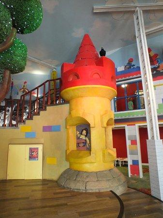 Legoland Windsor Resort Hotel: Internal Castle leading up to Video Game area