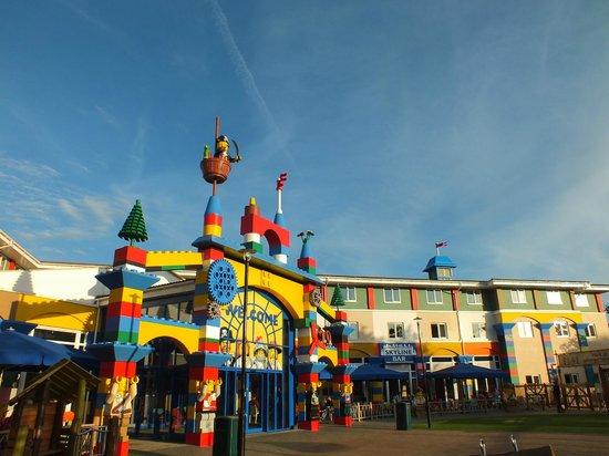 Legoland Windsor Resort Hotel: Rear of Hotel