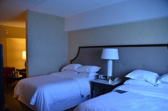โรงแรมเชอราตั้นลินคอล์นฮาร์เบอร์: chambre