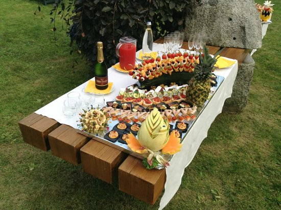 Centro Pineta Family Hotel & Wellness: ferragosto in giradino