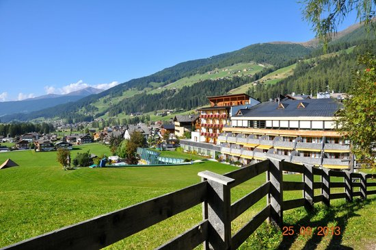Family Resort Rainer: altra vista dell'albergo