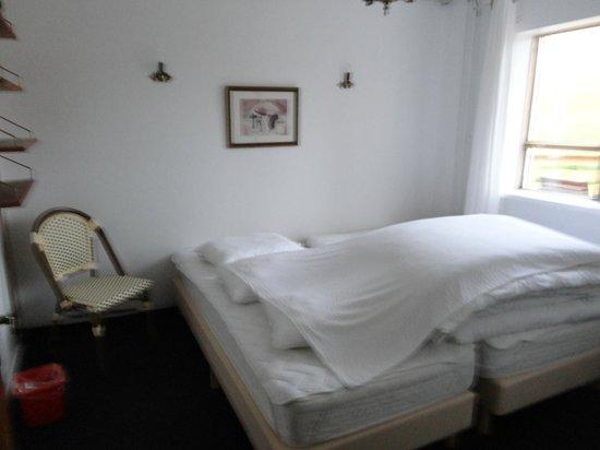 Hnjotur Guesthouse: eines der Zimmer