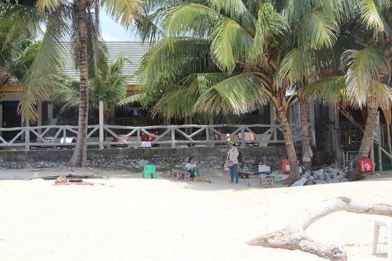 ละไม อินน์ 99 บังกะโล: Наш номер со стороны моря