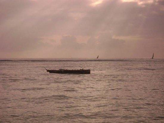 SheShe Baharini Beach Hotel: DUSK