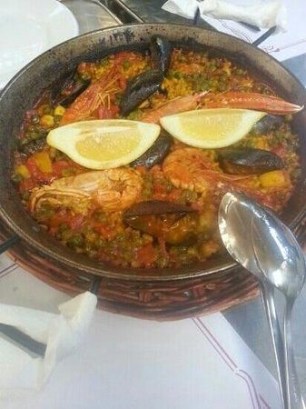 Restaurante Bosque Palermo: Nice Paella Mixta