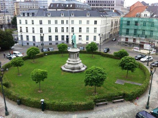 ฌักส์เบรล์ ยูธโฮสเทล: View from room (4th floor)
