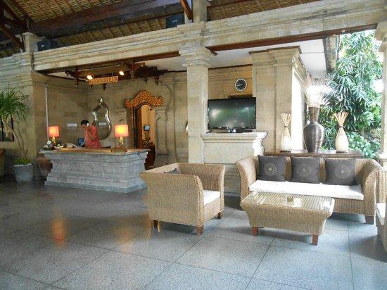 โรงแรมบาหลี อากุง วิลเลจ: la reception