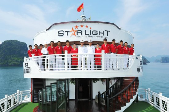 Starlight Cruise Halong Bay - Day Tour: Crew