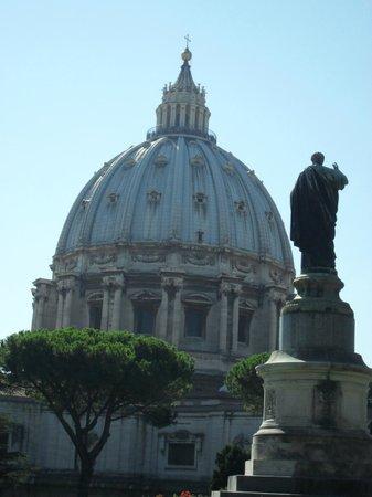 Cupola di San Pietro: Купол с Ватиканского холма