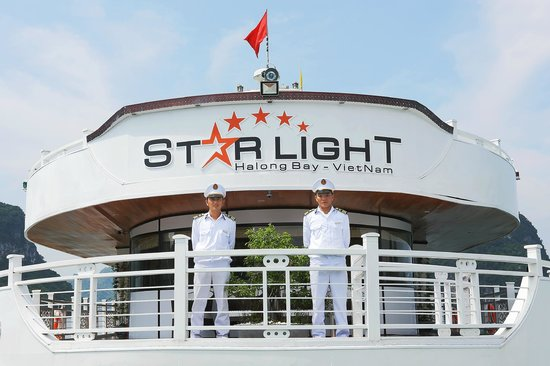 Starlight Cruise Halong Bay - Day Tour: Staff