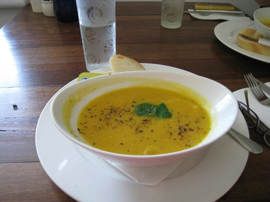 Lavender Cottage: Coconut, ginger and Pumpkin Soup