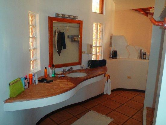 Punta Sal Suites & Bungalows Resort: Habitacion suite royal (baño)