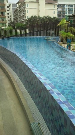 R-Con Blue Ocean: pool