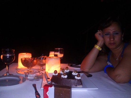Hilton Sharm Waterfalls Resort: romantic dinner