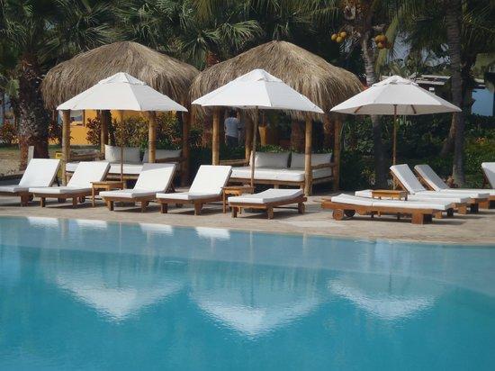 Punta Sal Suites & Bungalows Resort: Piscina