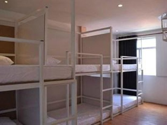 One Stop Hostel: Mixed dorm (8beds)