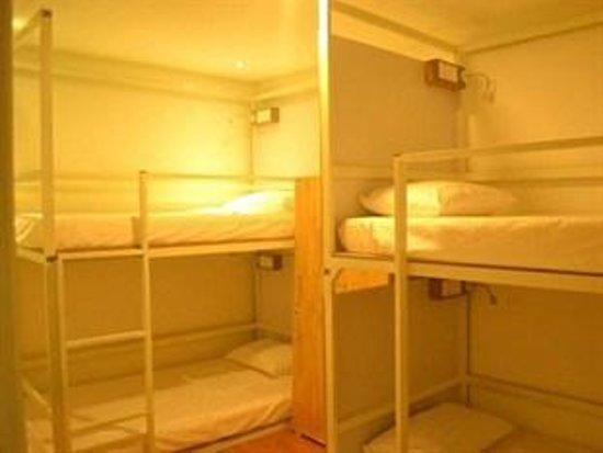 One Stop Hostel: Female dorm (4beds)