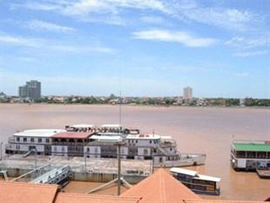 One Stop Hostel Phnom Penh: View from the room