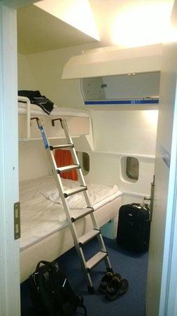 Jumbo Stay: Room :)