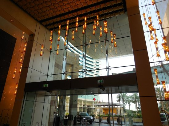 InterContinental Dubai Festival City: The hotel lobby