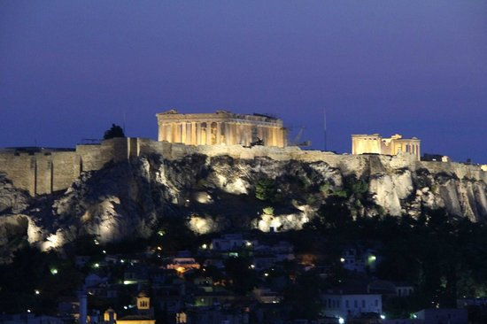 Hotel Grande Bretagne, A Luxury Collection Hotel: View over acropolis from roof top restaurant