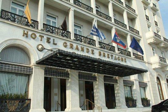 Hotel Grande Bretagne, A Luxury Collection Hotel: Front enterance