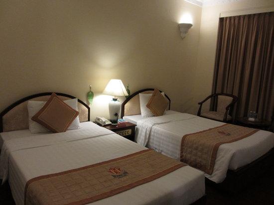 โรงแรมเฮืองเซ็น: 室内