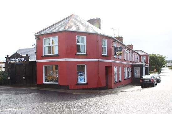 McGrory's Hotel: McGrorys, Culdaff