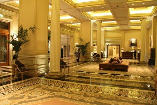Hotel Grande Bretagne, A Luxury Collection Hotel: Lobby