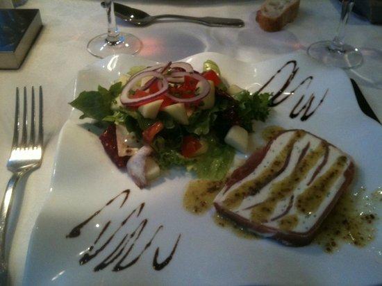 Restaurant Le jardin De Leontine : Marbré de chêvre vinaigrette d'herbes