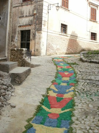 Antico Borgo Bed & Breakfast: Corpus Domini (0039) 3392539752 ...to find out the date as it changes every year