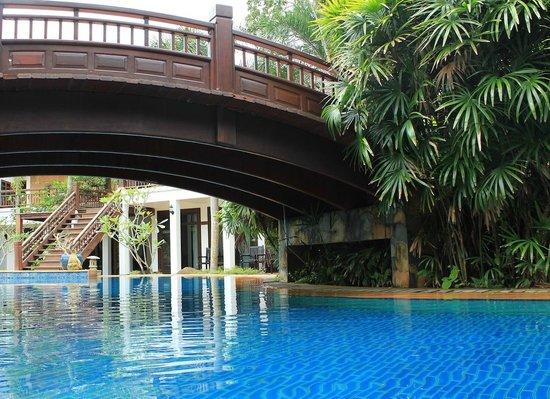 Hotspring Beach Resort & Spa: Pools in Hotsprin Beach Resort
