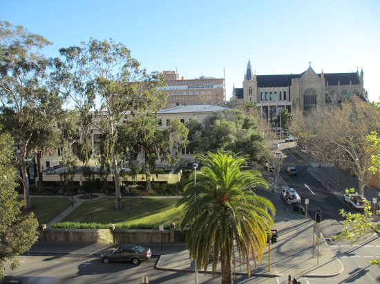 Travelodge Hotel Perth: View from balcony - fourth level