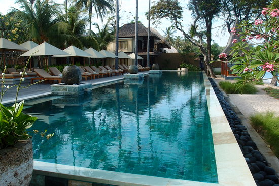 Qunci Villas Hotel: one of the three pools