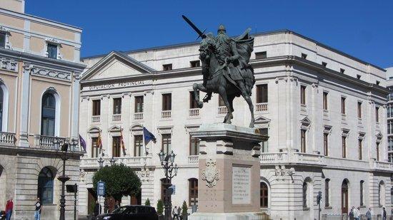 Plaza del Mio Cid: Cid