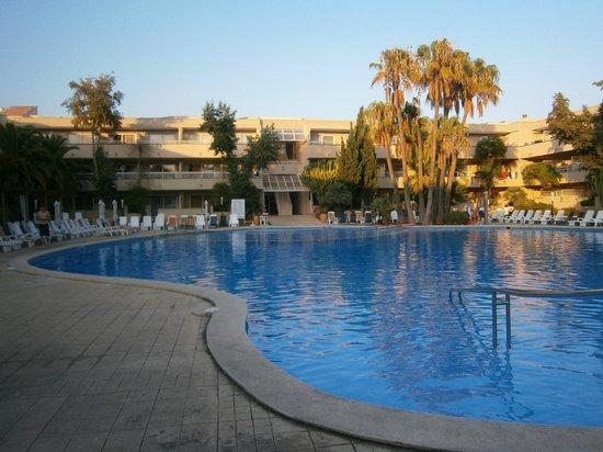 Parc aquatique a 30 min picture of hotel ibersol son for Piscine loudeac