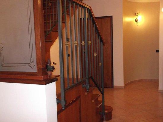 Scaletta In Legno Per Bagno : Bagno bild von bed and breakfast s lucia enna tripadvisor