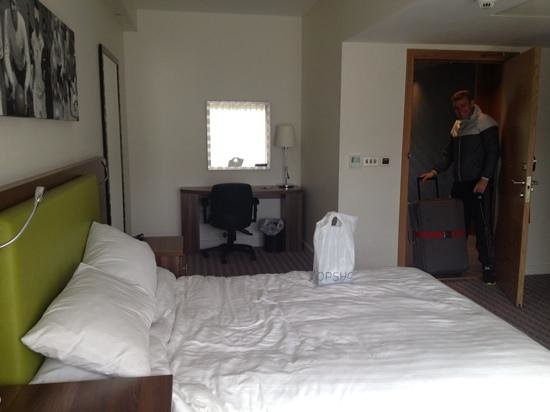 Hilton at St George's Park, Burton upon Trent : Our lovely room