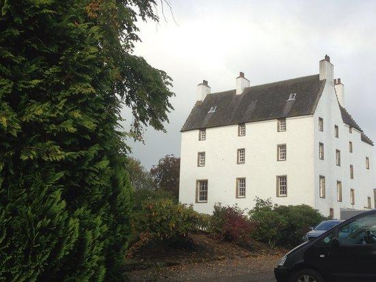 Macdonald Houstoun House: The main part .....
