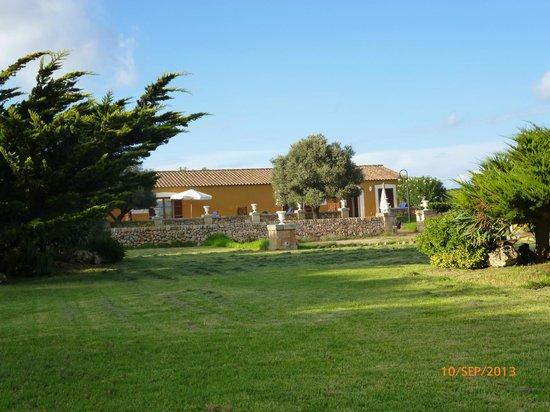 Hotel Rural Sant Ignasi: Edificio independientes del hotel con las suites