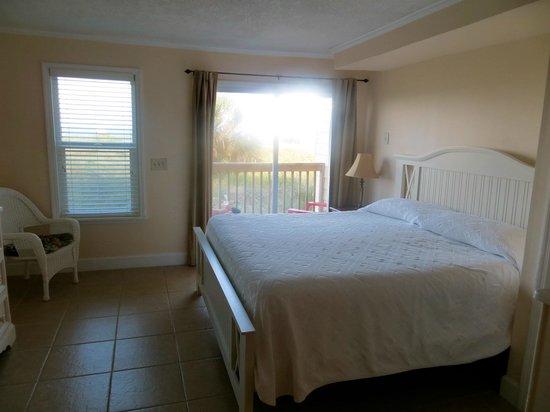 The Saint Augustine Beach House: room